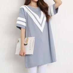 Carabecca - Striped T-Shirt Dress