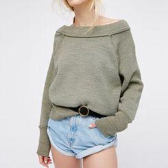 Obel - Plain Off Shoulder Pullover