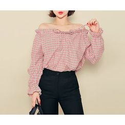HOTPING - Off-Shoulder Checked Top