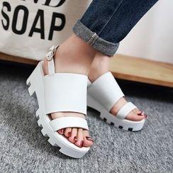 錦洋鞋業 - 厚底涼鞋