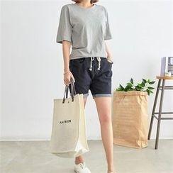 PEPER - Round-Neck Short-Sleeve T-Shirt