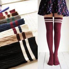MITU - 條紋純棉麻花紋高筒襪子