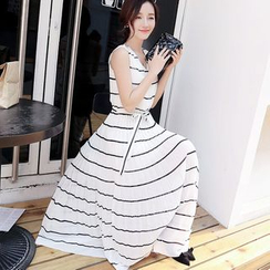 Labbara - Sleeveless Striped Maxi Dress