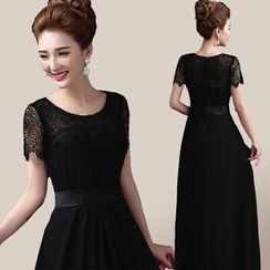 Fantasy Bride - Short-Sleeve Lace Evening Gown