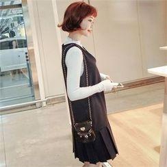 Styleberry - Sleeveless Pleated-Hem Dress