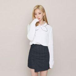 Envy Look - Shawl-Collar Long-Sleeve Knit Top
