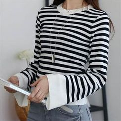 CHICFOX - Crewneck Striped Knit Top
