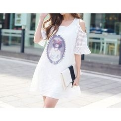 Angel Shine - Elbow-Sleeve Shoulder Cut Out Print Dress