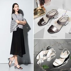 Romantina - Block Heel Genuine Leather Sandals