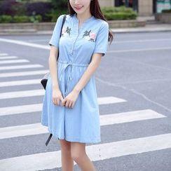 Cobogarden - 刺绣短袖牛仔连衣裙