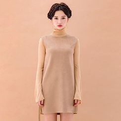 chuu - Faux-Suede Mini Shift Dress