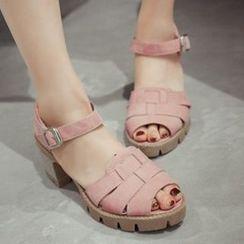 CITTA - Chunky Heel Sandals