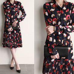 NIPONJJUYA - Tie-Neck Floral Midi Dress with Sash