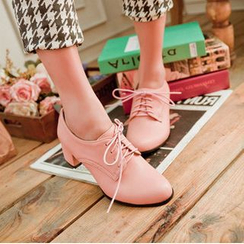 Pretty in Boots - Lace-Up Chunky Heel Shoes