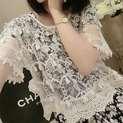 DreamyShow - Short-Sleeve Sheer Lace Top