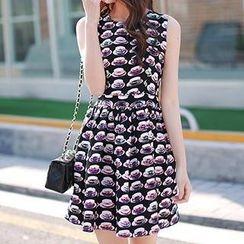 Athena - Sleeveless Printed Dress