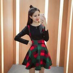QZ Lady - Set: Plain Long-Sleeve T-Shirt + Check Suspender Skirt
