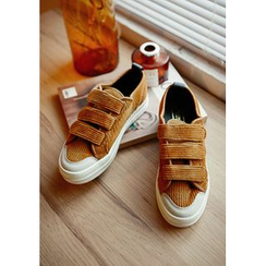 GOROKE - Velcro Corduroy Sneakers