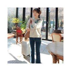 LEELIN - Pompom Embroidered Sweatshirt
