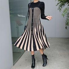 DABAGIRL - Sleeveless Button-Down Stripe Flared Knit Dress