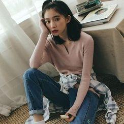 Ashlee - V-neck Sweater