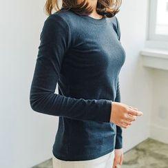 Seoul Fashion - Round-Neck Slim-Fit T-Shirt
