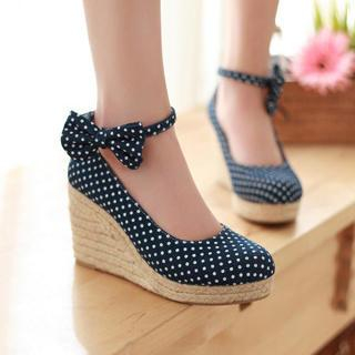 77Queen - Bow-Accent Dotted Denim Espadrille Wedges
