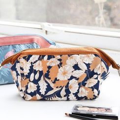 Cute Essentials - Printed Zip Pouch