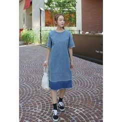 BBORAM - Short-Sleeve Denim Shift Dress