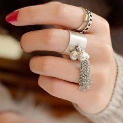 MOMENT OF LOVE - Tassel Ring