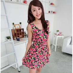 59 Seconds - Sleeveless Open-Back Floral Dress