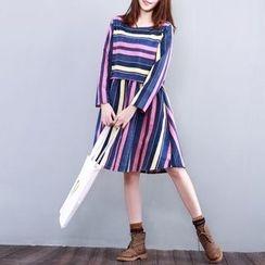 Fancy Show - 長袖條紋連衣裙
