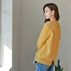 Styleberry - Slit-Back Wool Sweater