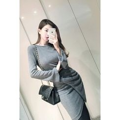 ATTYSTORY - Bell-Sleeve Shirred Dress