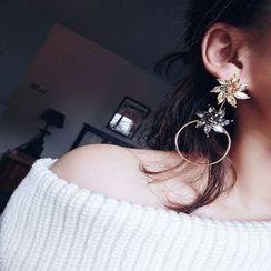maxine - Rhinestone Flower Non-matching Earrings