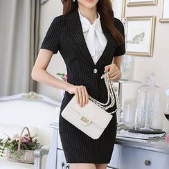 Caroe - Set: Short-Sleeve Single Button Blazer + Skirt