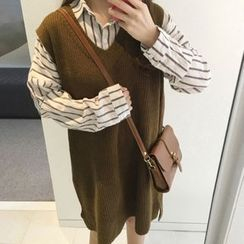Cloud Nine - Set: V-Neck Sleeveless Knit Dress + Striped Long Shirt