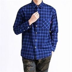 THE COVER - Pocket-Front Plaid Shirt
