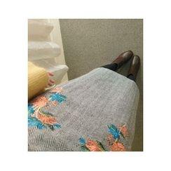 ATTYSTORY - High-Waist Floral-Embroidered Herringbone Skirt