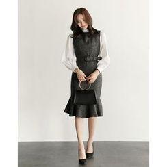 UPTOWNHOLIC - Sleeveless Pattern Dress With Belt