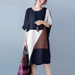 Epoch - Elbow-Sleeve Color Block Panel T-Shirt Dress