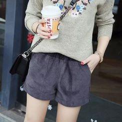 艾女 - 燈芯絨短褲