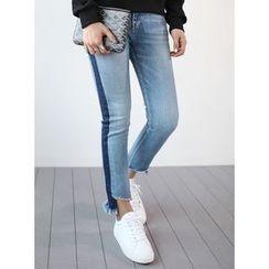 STYLEBYYAM - Color-Block Asymmetric-Hem Jeans