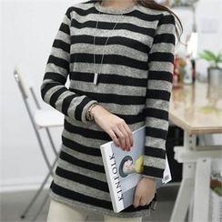 CHICFOX - Round-Neck Striped T-Shirt