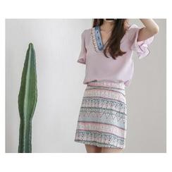 demavie - Set: V-Neck Ruffle-Sleeve Blouse + Patterned A-Line Skirt