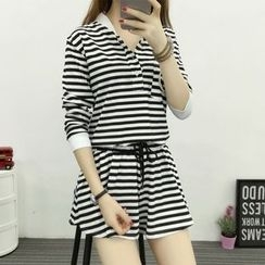 wisperia - Set: Striped Long Sleeve Top + Striped Drawstring Waist Shorts