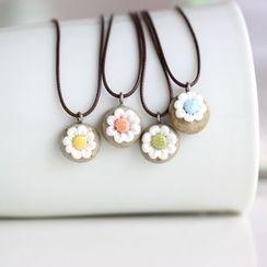 Porcelana - Flower Pendant Necklace