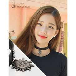 soo n soo - Sun Pendant Faux-Leather Choker