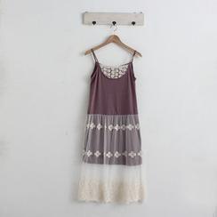 Blue Hat - 蕾絲拼接吊帶裙