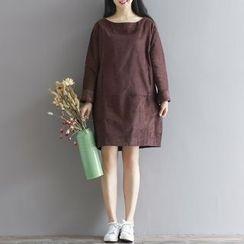 Emeline - 长袖灯芯绒连衣裙